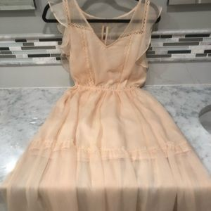 BB Dakota Pale Pink Maxi Dress